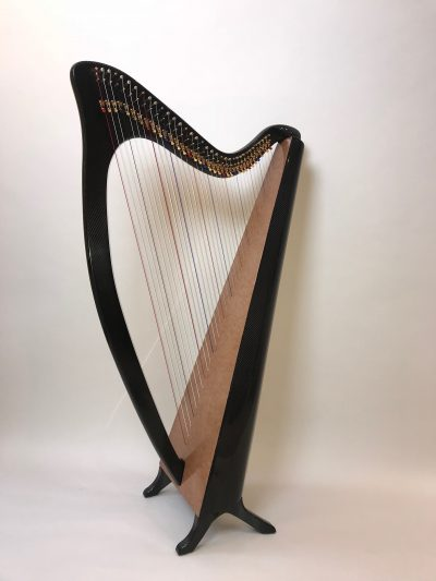 wood grain finish on carbon fiber harp, lightweight harp