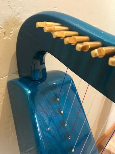 lightweight harp, carbon fiber harp, lap harp